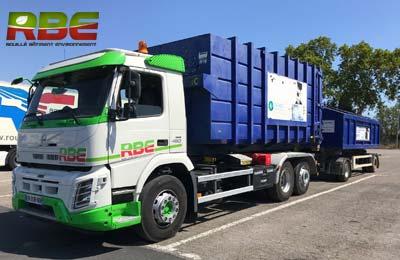 Location de camion Ampliroll pour vos bennes à déchets